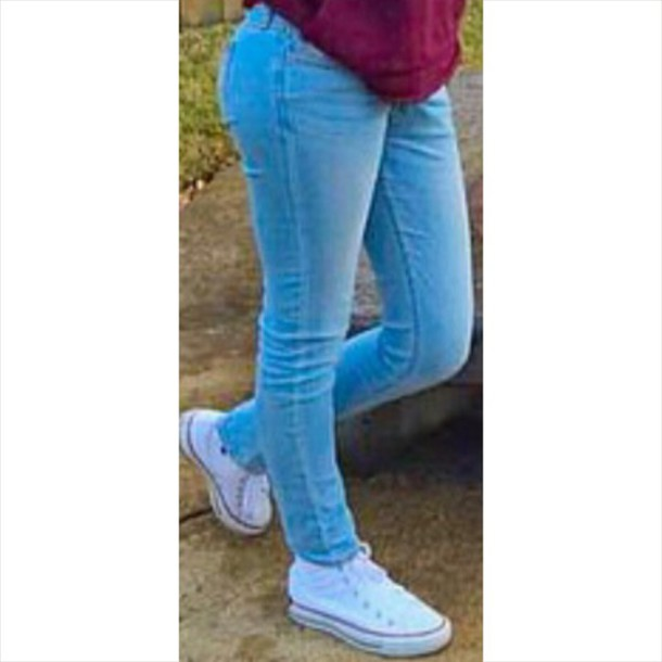 shoes converse white shoes red stripe jeans