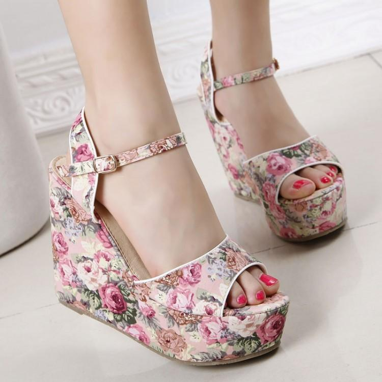 Floral Wedge Sandals - 77Queen | YESSTYLE