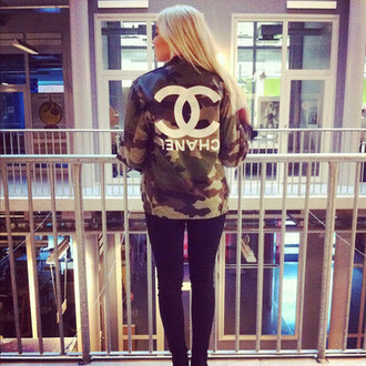 jacket army green jacket chanel chanel inspired hipster blonde hair clothes camouflage military style military jac bag alena shishkova love buy