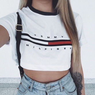 shirt tommy hilfiger crop top blue red white shirt t-shirt tommy hilfiger cropped t-shirt white t-shirt top crop tops white crop tops t shirt print cropped cropped tee print printed t-shirt ogv ogvibes white tank top crop tumblr