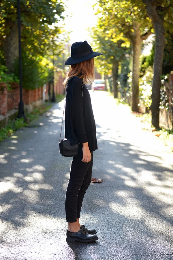 the petticoat t-shirt pants bag shoes hat