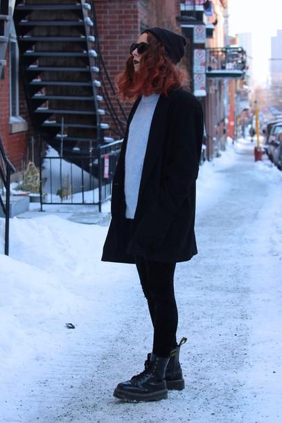 babes in velvet blogger sweater grunge shoes