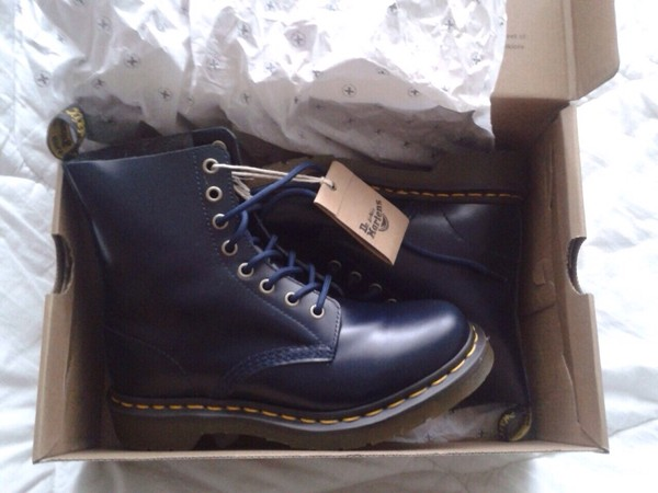 shoes blue navy navy DrMartens boots combat boots tumblr