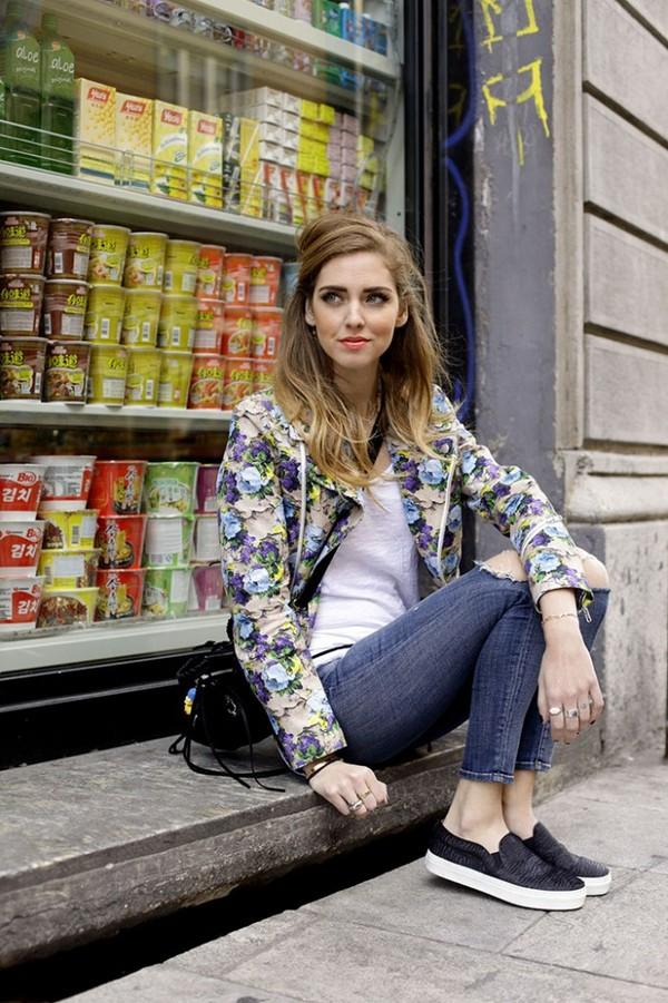 the blonde salad jeans jacket jewels bag sunglasses shoes