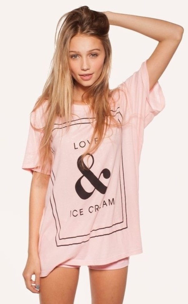 shirt love ice cream model galentines day pink ice cream ice cream love and ice cream t-shirt t-shirt pink t-shirt pretty top oversized t-shirt pink t-shirt whites shirt ice girl black