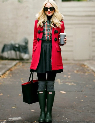 boots hunter boots fall outfits wellies duffle coat red knee high socks hooded winter coat red coat