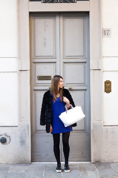 style and trouble blogger blue dress