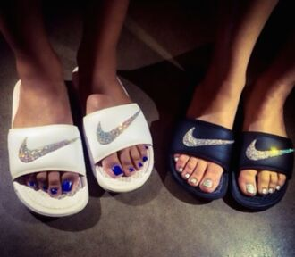 shoes nike tap shoes flat sandals flats white black strass summer shoes slide shoes beach shoes sparkle black and white nike slides