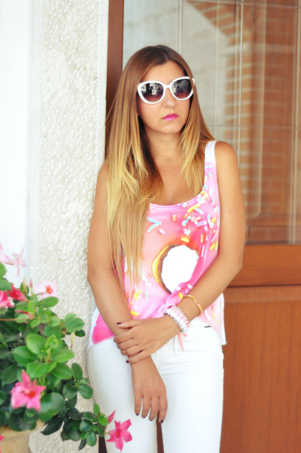 shirt shit cropped crop tops crop tops sugartops white pink donut donught cotton