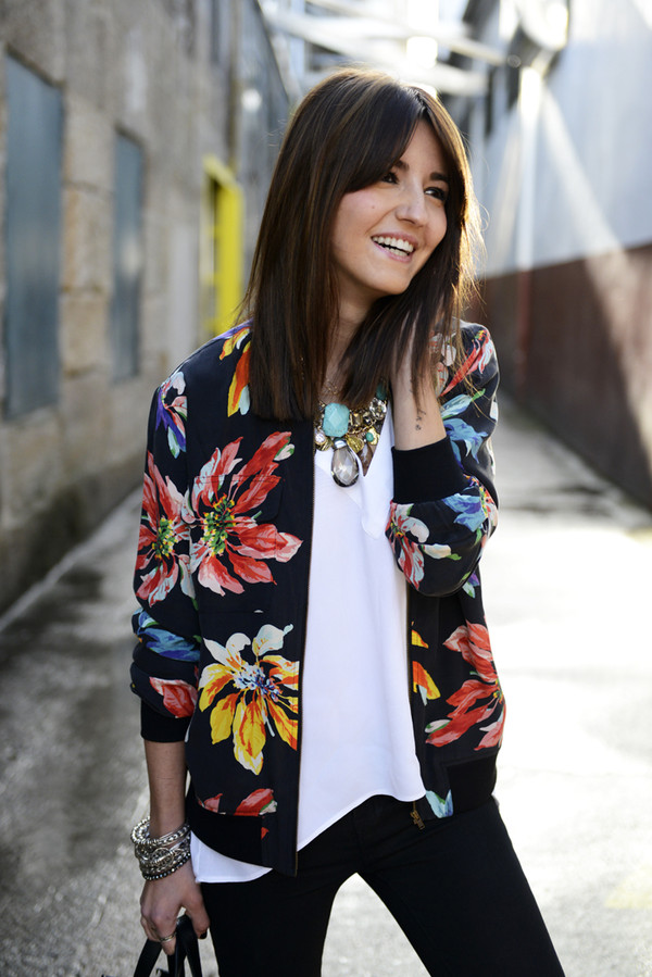 lovely pepa blouse jewels jacket flowers black red yellow