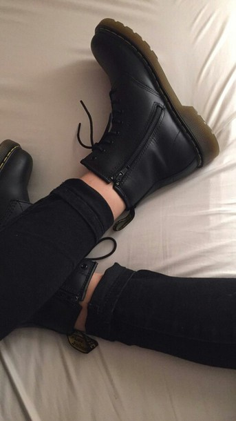 shoes black boots top