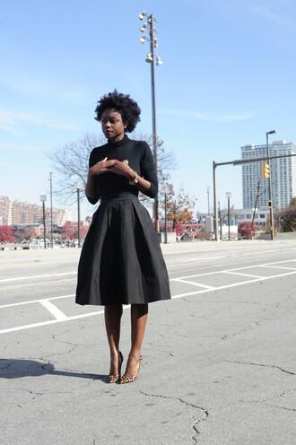 skinny hipster blogger midi skirt 50s style black girls killin it