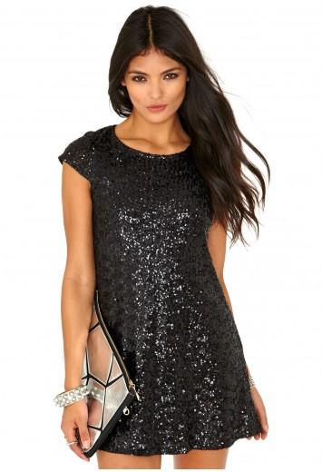 Minuna Loose Sequin Shift Dress In Black - Dresses - Shift Dress - Missguided