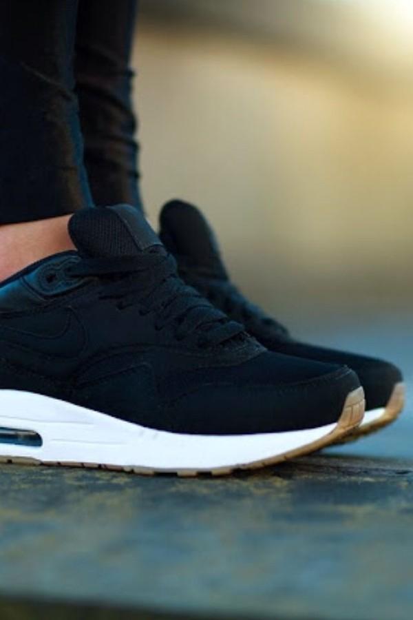 shoes nike sportswear air max shorts black nike air max nike black suède