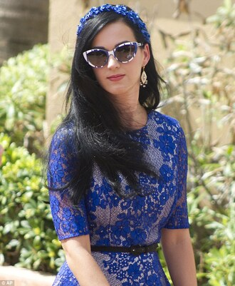 dress katy perry sunglasses jewels blue dress lace dress hair accessory