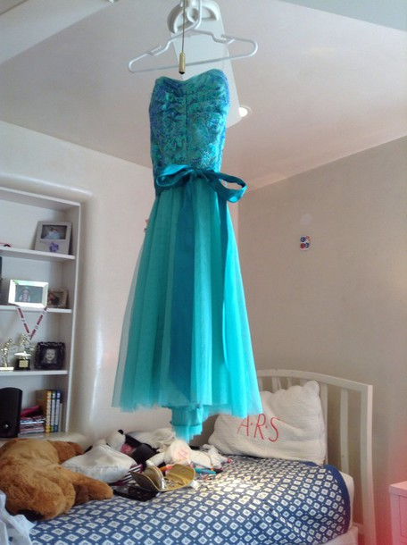 dress u can get this dress at ross