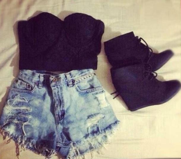 shirt shorts wedges black top shoes