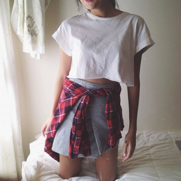 t-shirt indie flannel white t-shirt grey skirt outfit crop tops shirt