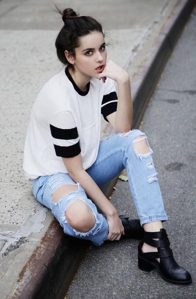 shirt white tee with black coller natalie joy