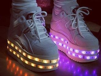 shoes light up shoes platform shoes white platforms cute buffalo