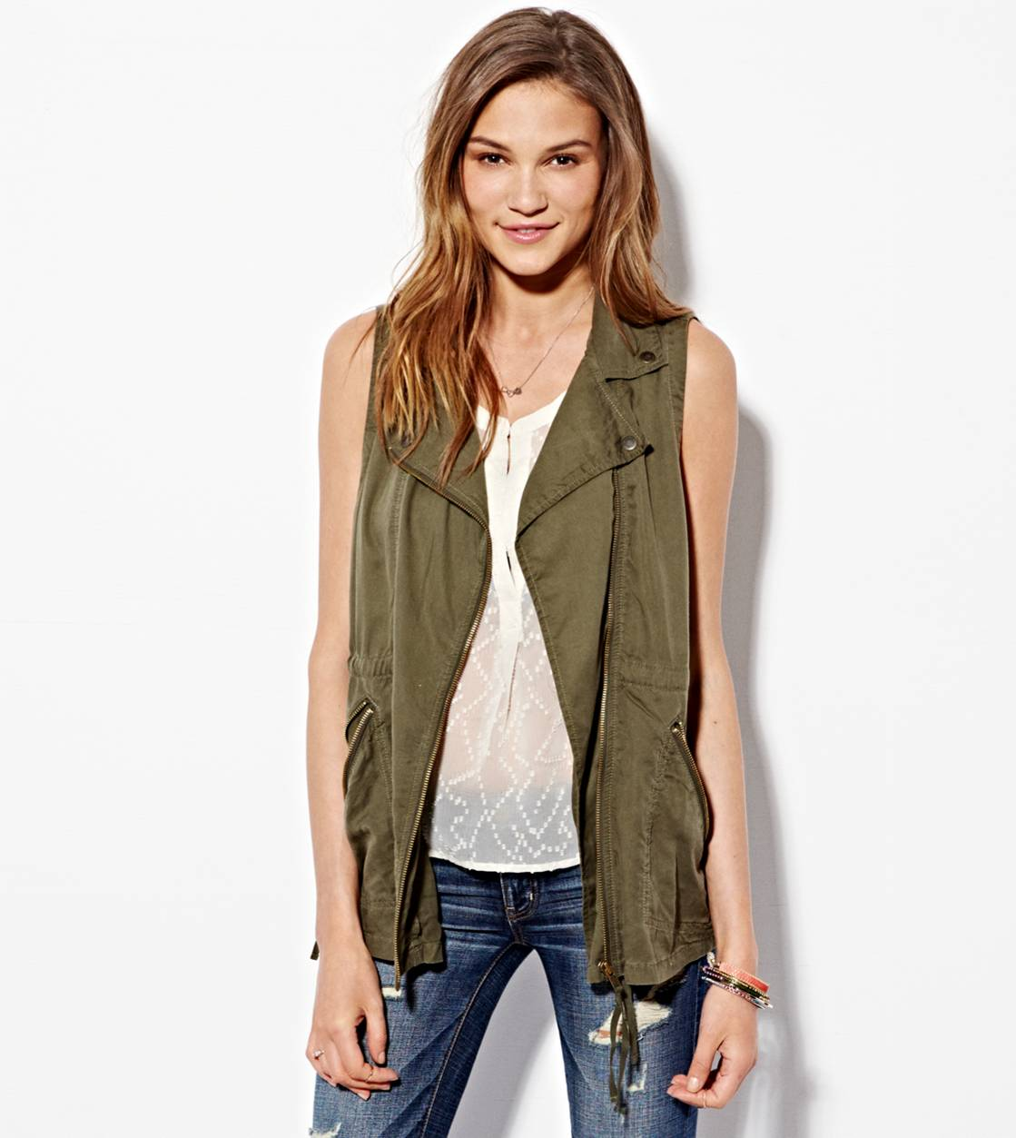 AE Surplus Vest | American Eagle Outfitters