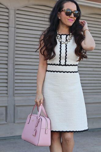 stylish petite blogger dress shoes jewels bag make-up sunglasses pink bag white dress