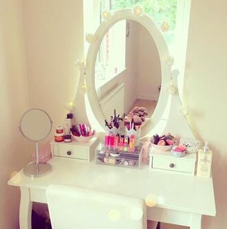 make-up white mirror pink light light blue jewels dressing table