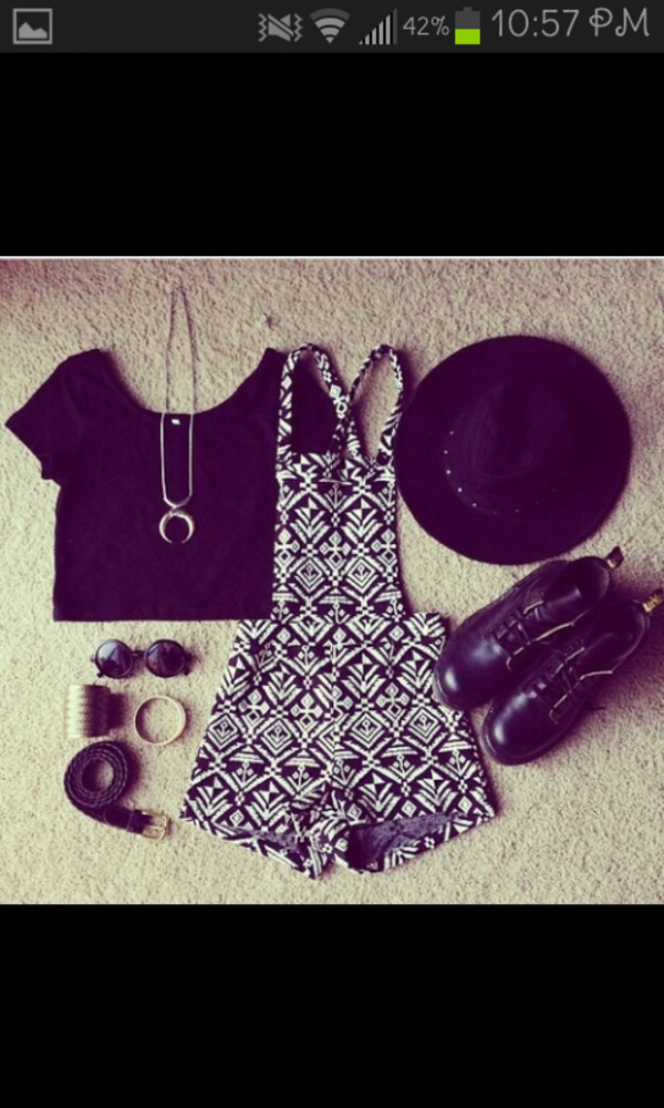 hat dress print design jewelry black black and white jewels sunglasses shorts