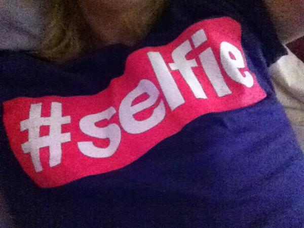 t-shirt shirt selfie black t-shirt