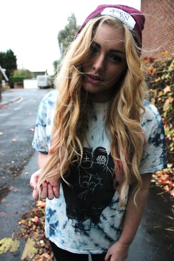 hat cap bonnet t-shirt t-shirt punk rock grunge rock t-shirt girl blue shirt tie dye shirt tie dye shirt tie dye blue white graphic tee black skirt tye die shirt women t shirts