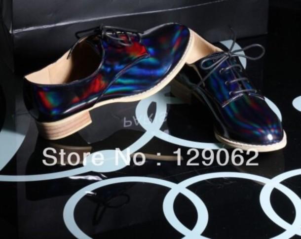 shoes shiny holographic black