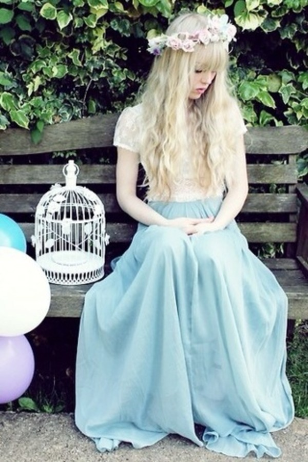 skirt blue skirt pastel fairy flowers pretty white crop tops pleats blouse cute kawaii maxi skirt white blouse blonde hair