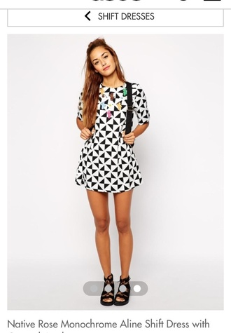 monochrome black and white short dress shift dress day dress triangles pattern backpack shift style necklace t-shirt dress