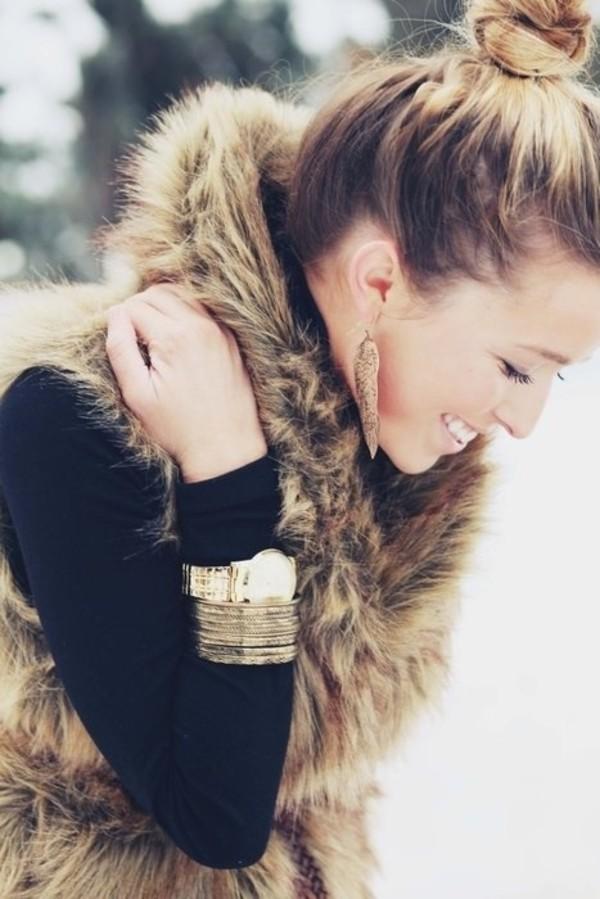 coat clothes fall outfits jewels jacket faux fur vest