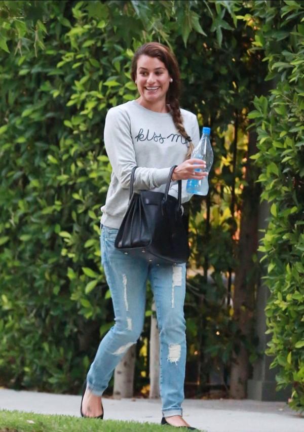 t-shirt lea michele jeans bag shoes rachel berry glee