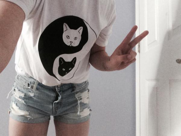 blouse t-shirt cats black grunge pale soft fabric soft grunge alternative
