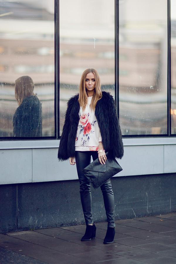lisa olsson pants shoes sweater bag jewels