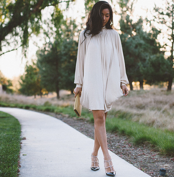 honey n silk blogger dress Valentino nude dress
