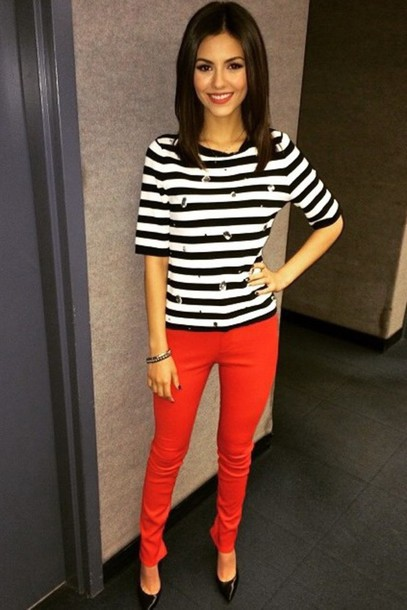 victoria justice jeans striped sweater