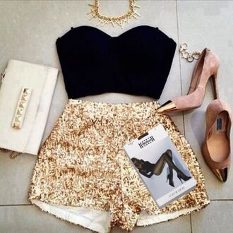 hot pants high heels clutch tights pantyhose bustier necklace top jewels bag