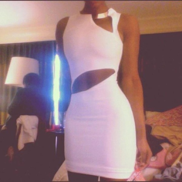 dress sexy dress white dress cut out bodycon dress cut-out dress gold necklace pants white gold bodycon dress bodycon dress lwd club dress bodycon dress maxi dress white maxi dress hot dress prom dress prom cut-out dress sexy white dress all white everything slim fit