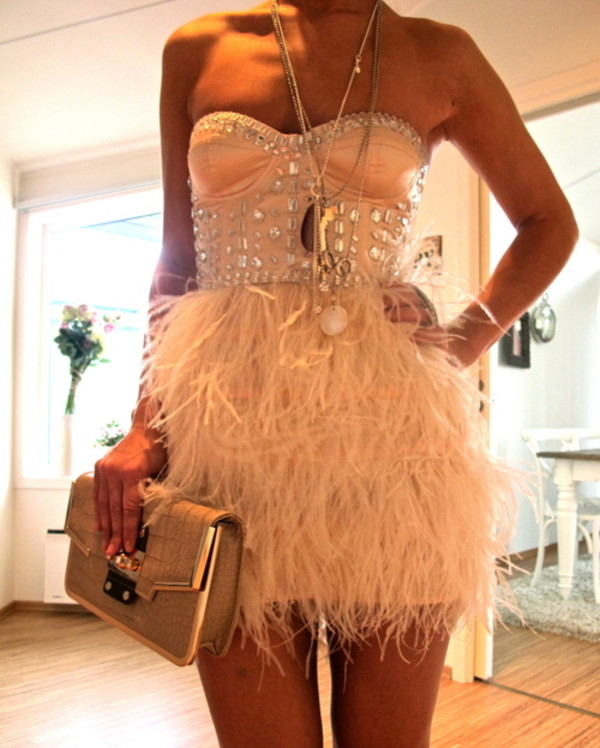 bag dress feathers bustier pink dress dress pink feathers prom dress beige dress a light pink short strapless party sparkly dress