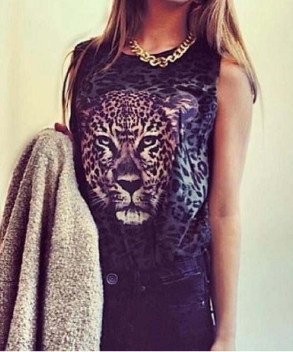t-shirt lion top animal print black beautifull girl jewels