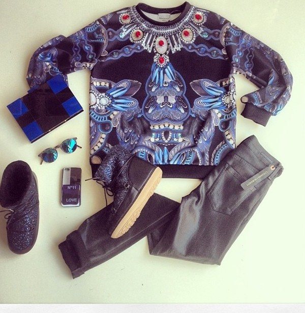 blouse ı want boots and sweater