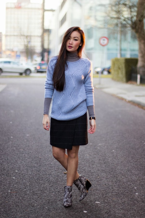 tlnique sweater shoes skirt jewels