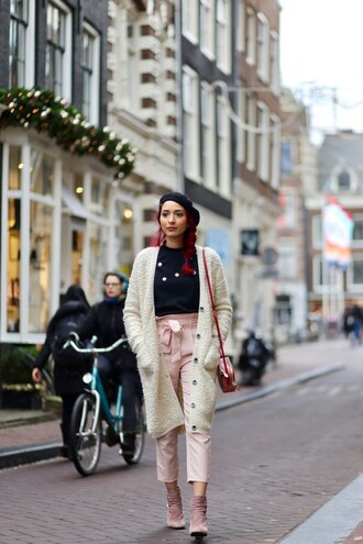 preppy fashionist blogger sweater cardigan pants bag jewels shoes beret pink pants shoulder bag ankle boots winter outfits
