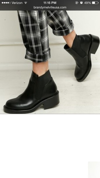 shoes black boots ankle boots brandy melville