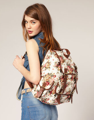 bag floral pattern backpack vintage backpack floral vintage floral backpack pink roses leather straps brown leather straps rucksack vintage floral roses pockets