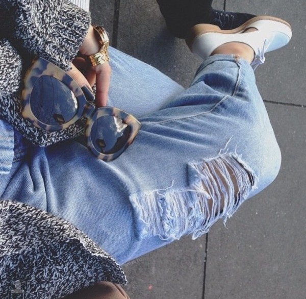 shoes ripped jeans shorts sunglasses jeans suede shoes boyfriend jeans ripped jeans sunglasses brown dark vintage retro sunglasses leopard print tortoise shell