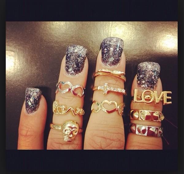jewels mid rings nail polish